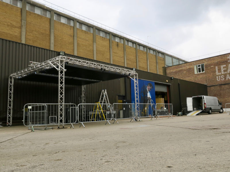 external warehouse with rig and gating for temporary event