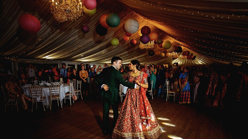 Stanbrook Abbey Hotel - Event bride and groom first dance